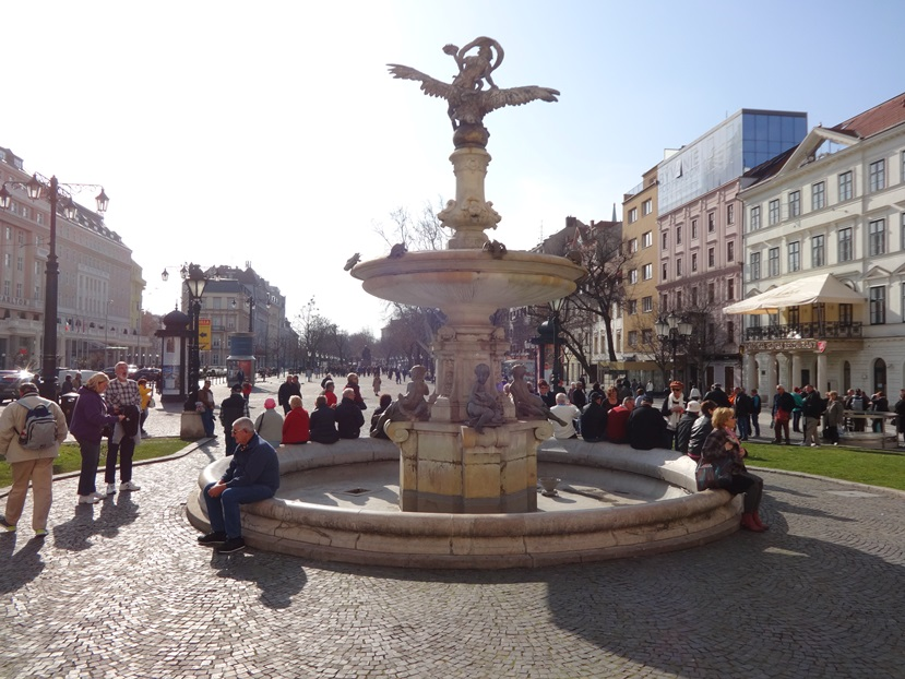 Giant pedestrian mall outside the Slovak National Theater.  I sat out here in the sun knitting for a while. But there I was, a dumpy frumpy old lady dressed in black, knitting, and so  people kept coming up to me assuming I was a local and asking for directions in Slovakian.